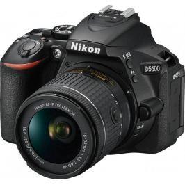 Nikon lustrzanka D5600 + 18-55 AF-P VR