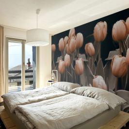 Fototapeta - Ladies among the flowers (200x154 cm)