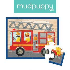 Pierwsze puzzle Mudpuppy - wóz strażacki (12 elem.)